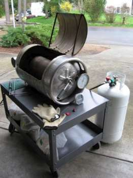 Repurposed beerkeg as barbeque.
