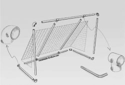 Construction of a goal for soccer or hockey with scaffold tubes and clamps.