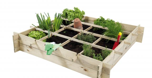 urban garden design and wooden planters with square foot grid division
